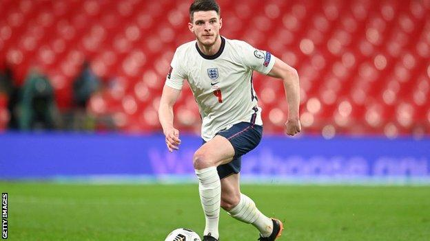England 2-1 Poland: Harry Maguire scores late winner for England