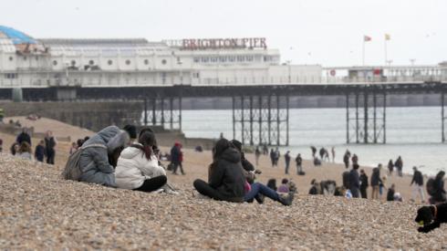 Covid-19: Boris Johnson warns against mixing indoors as Easter weekend begins