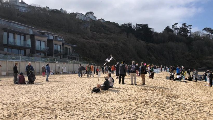 G7 Cornwall: Protest against Carbis Bay building work