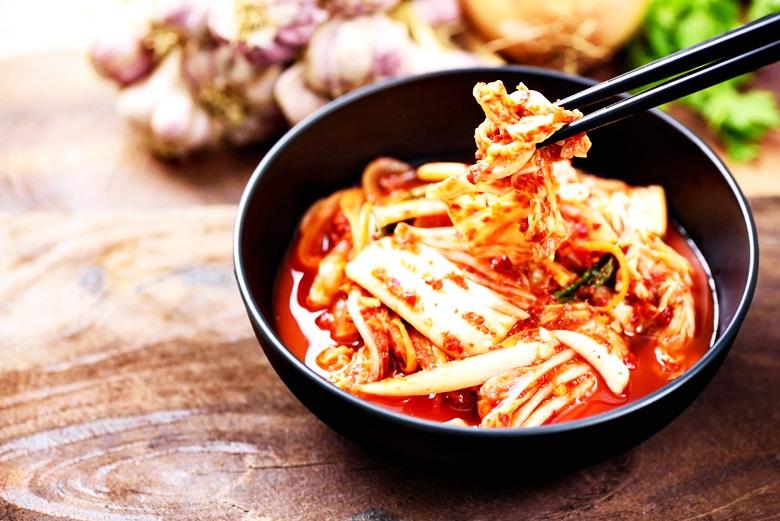 研究:调节抗氧系统 泡菜可减缓冠病症状