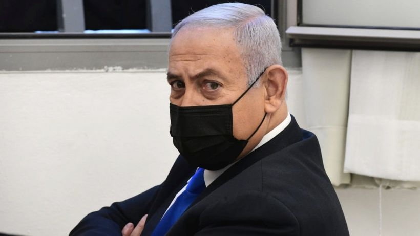 Benjamin Netanyahu corruption trial to hear first witnesses