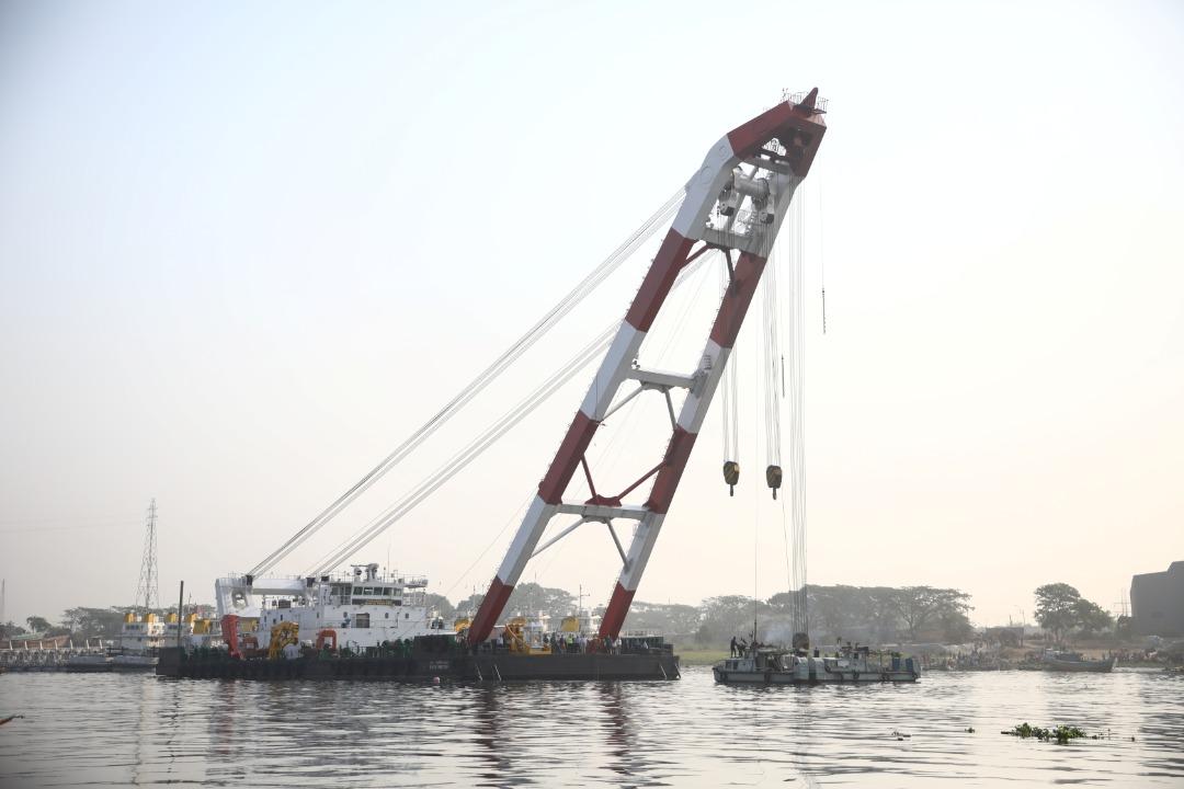 孟加拉国封城在即 挤满乘客渡轮沉没逾5死