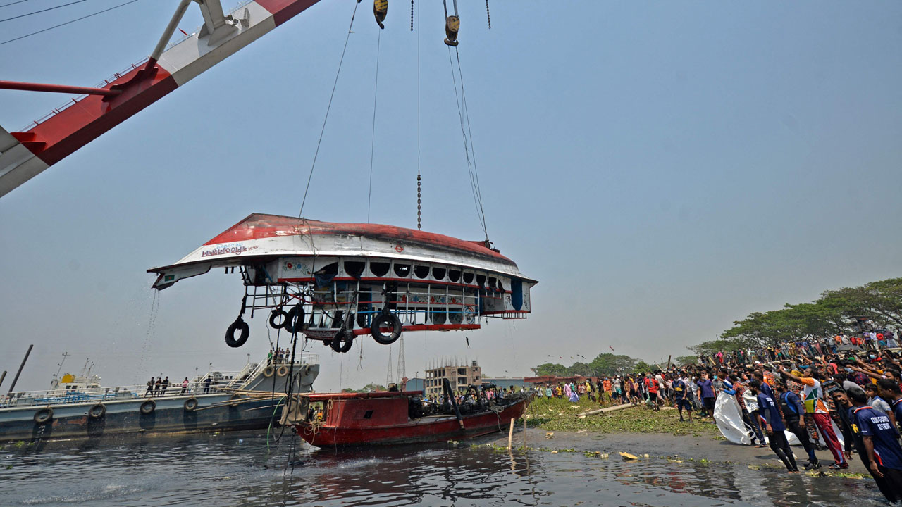 孟加拉首都附近 发生沉船事故至少26亡