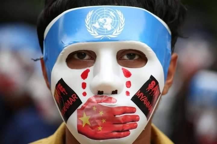 """怒批中国作梗 缅甸民众统一戴""""辱华面具""""游行"""