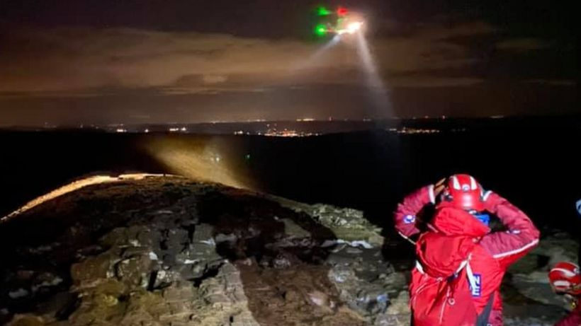 Brecon Beacons: Two walkers with hypothermia airlifted to hospital