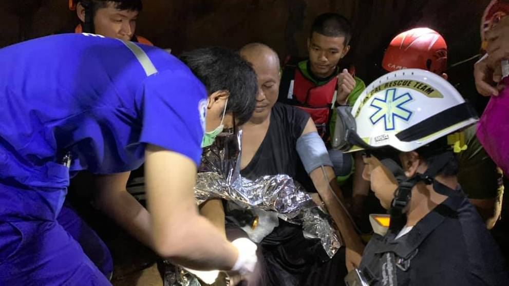 Thai rescue unit frees Buddhist monk trapped in flooded cave