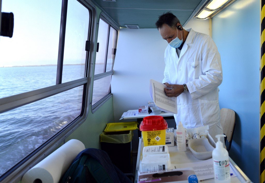 Venice brings jabs to the elderly on floating clinic