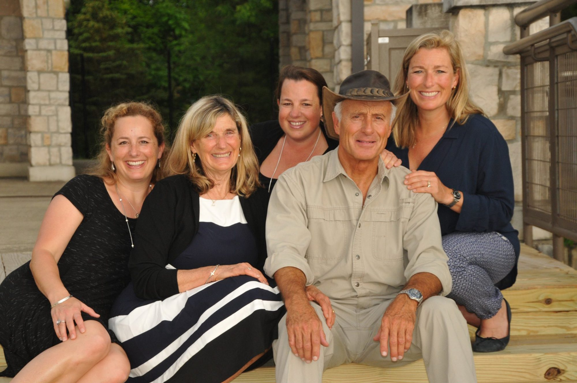 Former Columbus Zoo Director Jack Hanna, 74, Diagnosed with Dementia, Family Shares in Letter