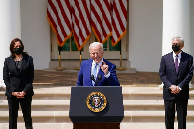 Biden Moves to Curb US Gun Violence