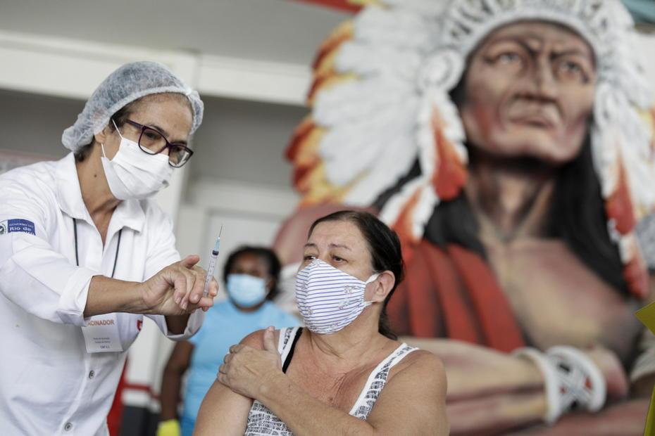 Brazil sets new daily COVID-19 death record as hospital supplies run low