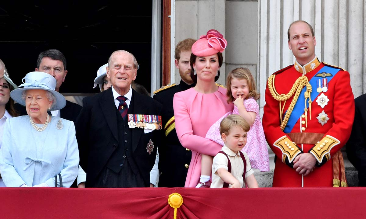 Kate Middleton and Prince William make sombre change to social media to honour Prince Philip
