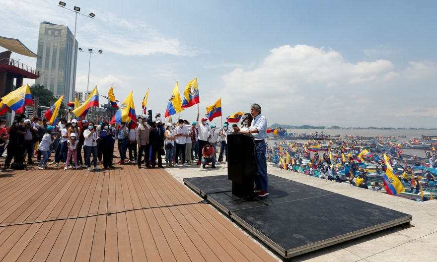 Ecuador to elect new president in left-right battle