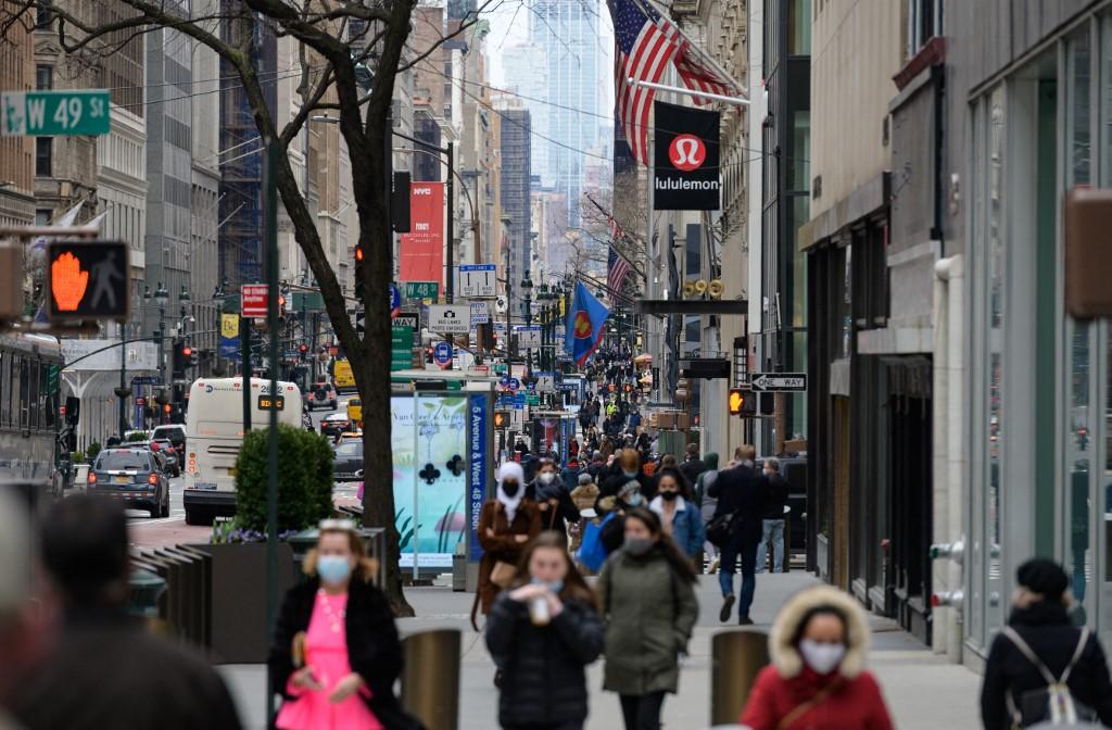 美国经济增长加速 今年第一季经济年比涨6.4%