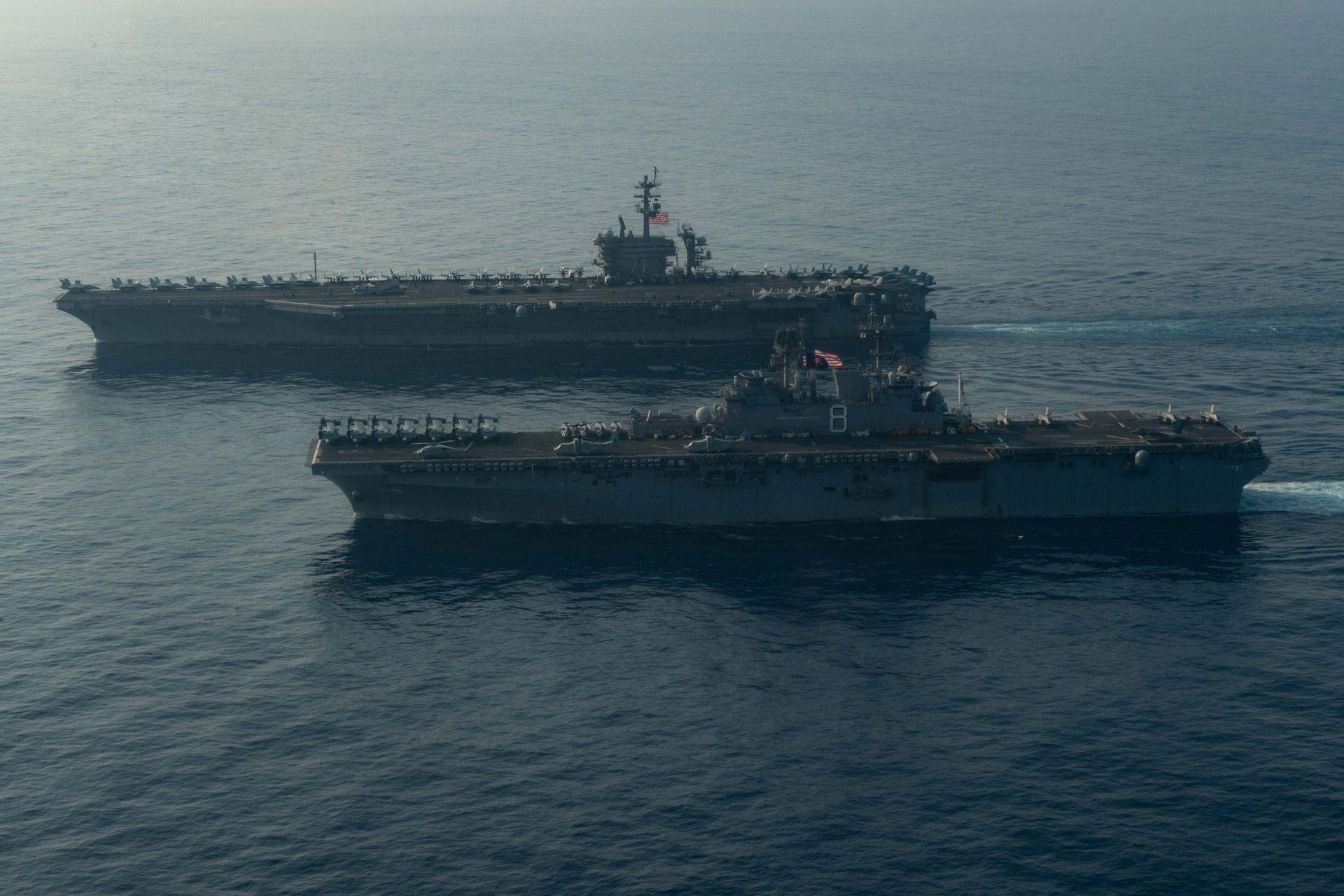 中菲南海争端持续 菲军派军舰支援多个争议岛礁(组图)