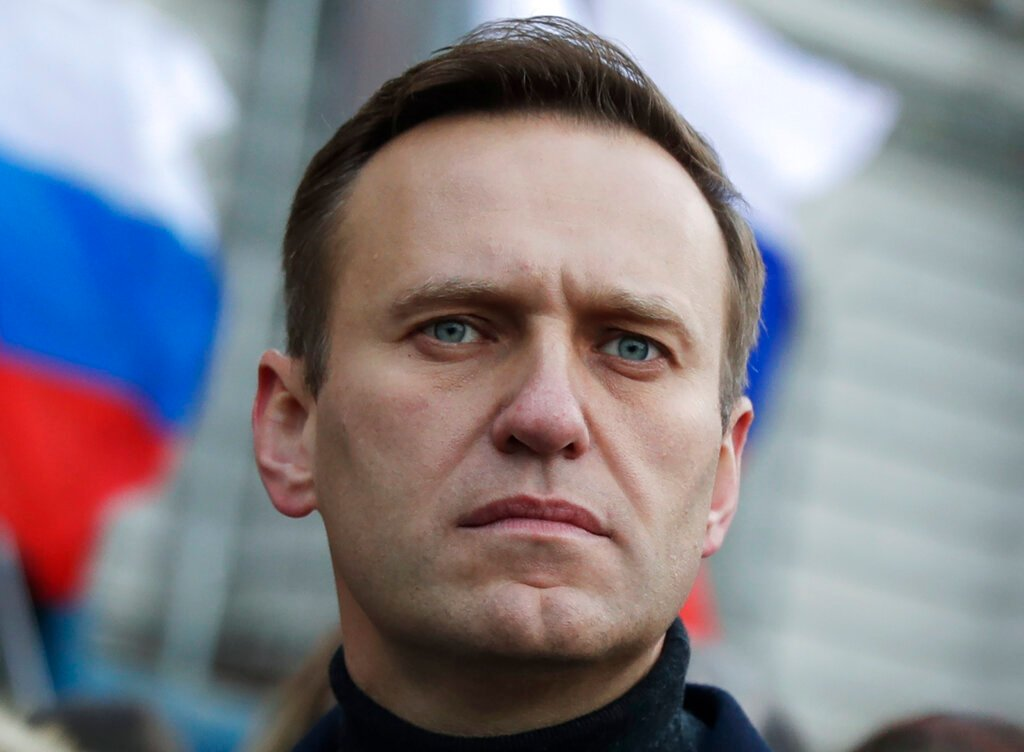 Navalny has difficulty speaking, losing more weight, wife says