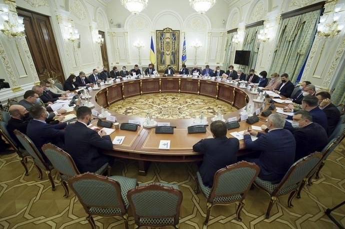 乌克兰向西方求援 美军舰暂不赴黑海