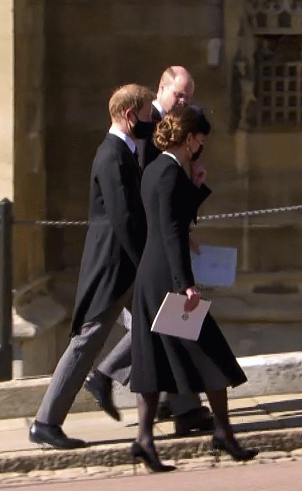 """威廉王子无法原谅梅根! 全因""""她对凯特做的事"""""""