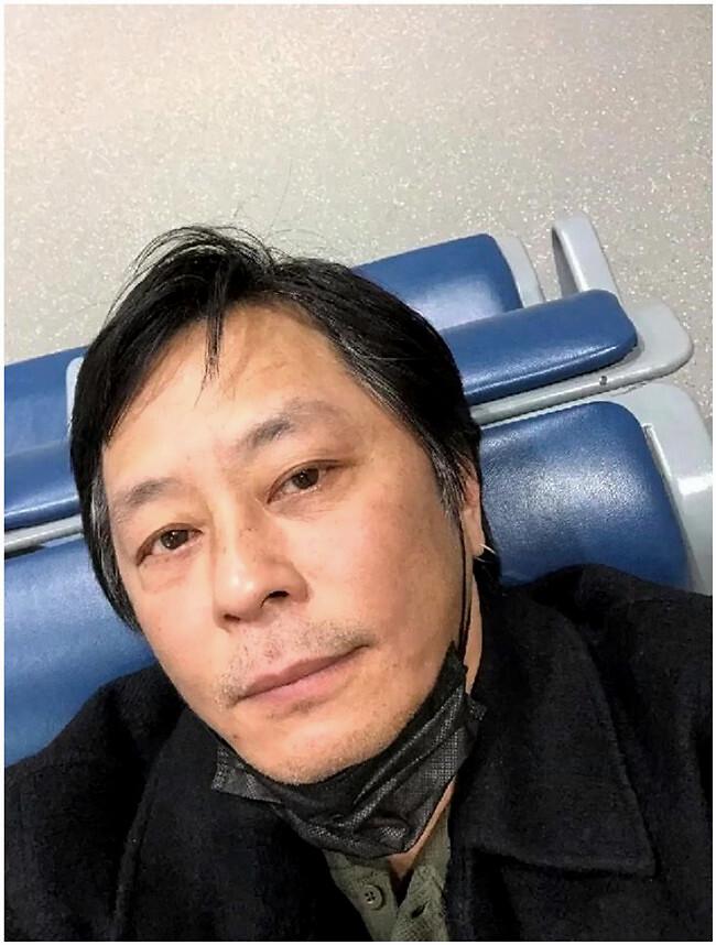 59岁王杰近照曝光 再婚移居国外满脸沧桑无人识