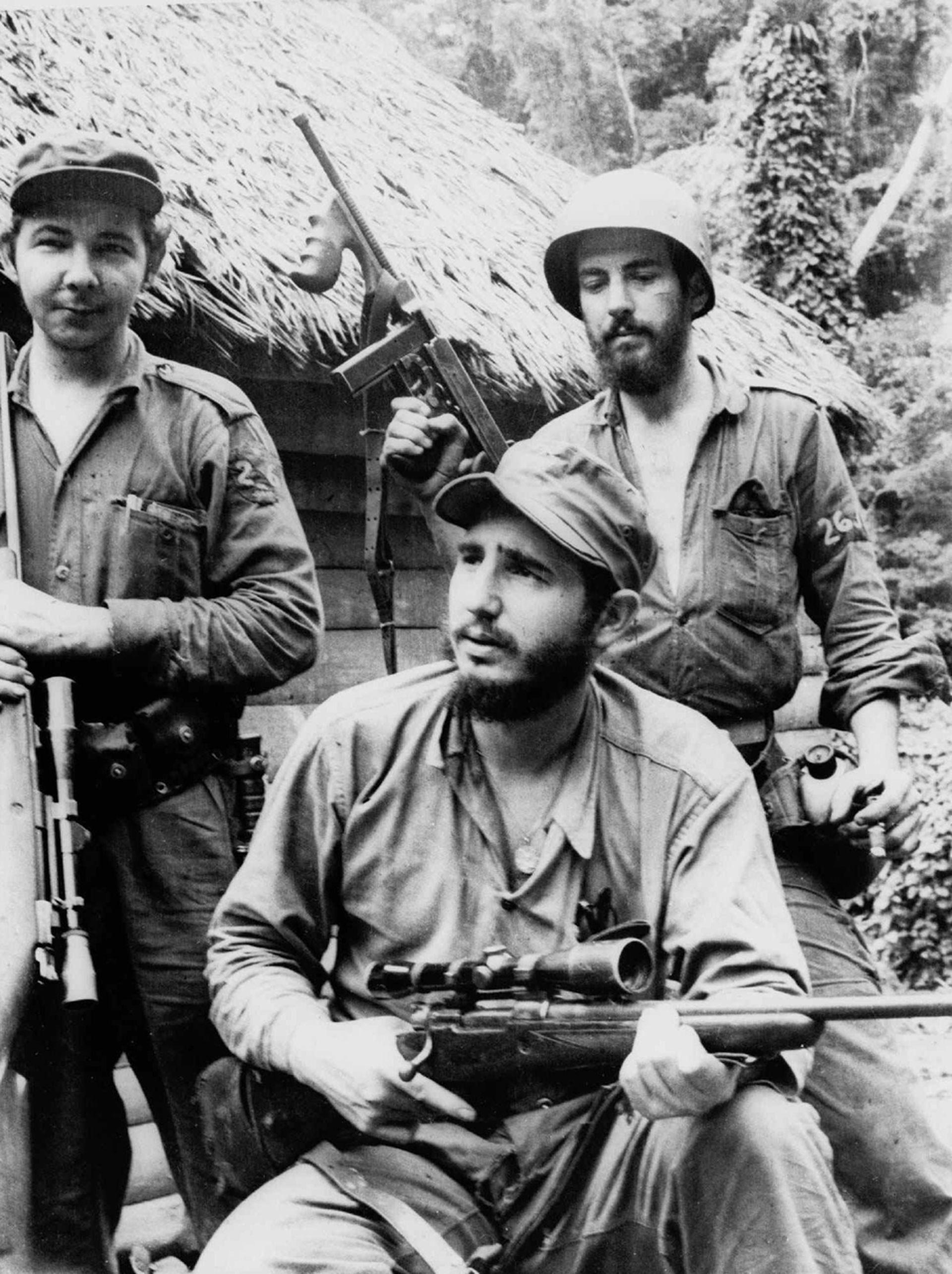 """革命领袖执政之终章 """"卡斯特罗""""下62年的古巴(组图)"""