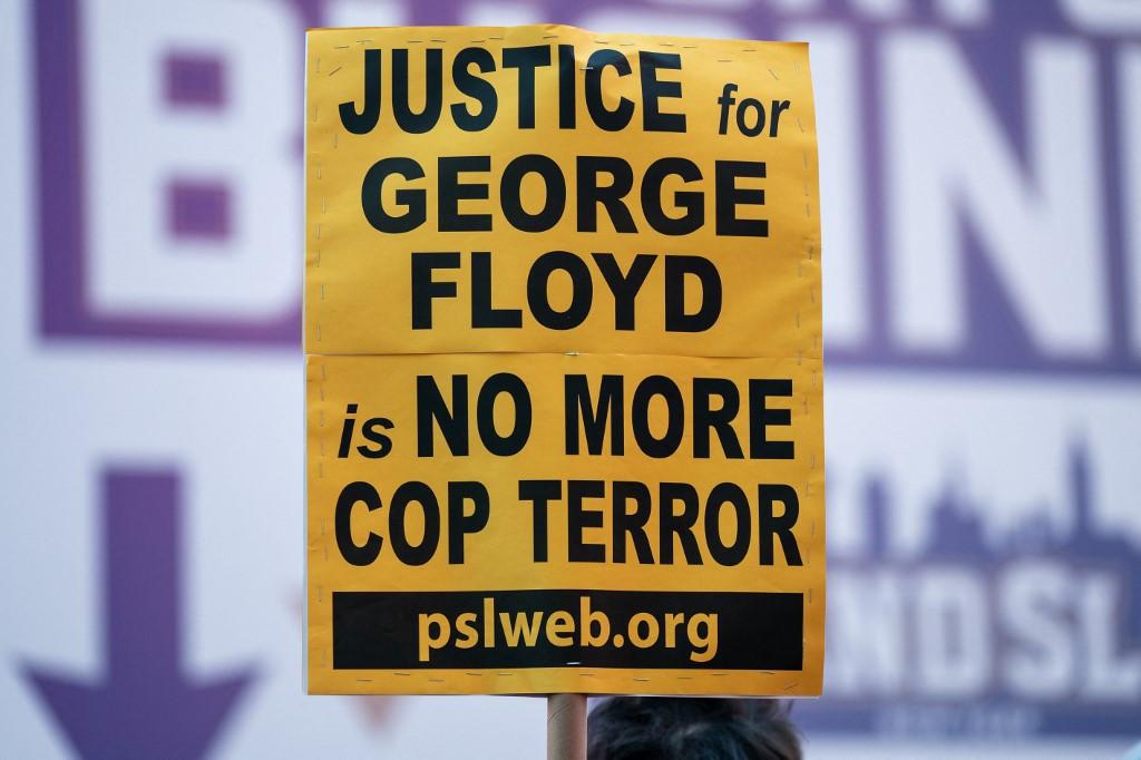 Ex-policeman Derek Chauvin found guilty of George Floyd's murder