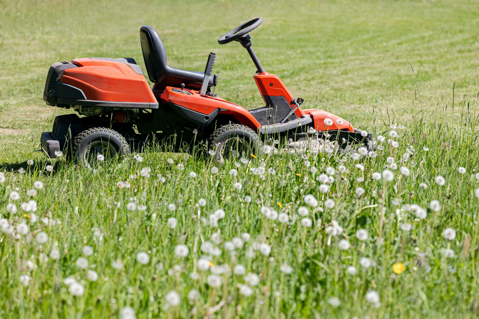 N.J. Man Dies After Lawn Mower Falls on Top of Him: Reports
