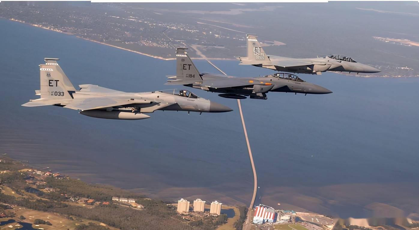 """鹰眼锐利:F-15EX""""攻击鹰""""雷达项目负责人米歇尔·斯蒂琴斯基女生访谈(下)"""