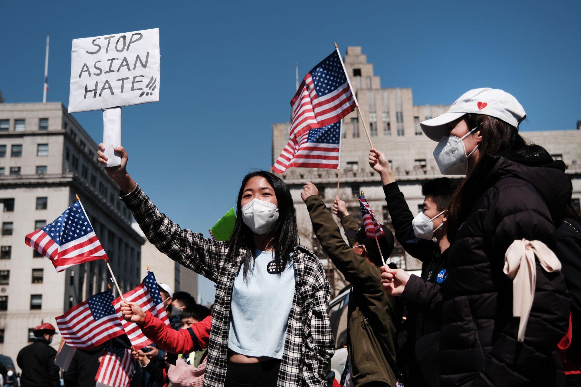 美国参议院通过法案,打击反亚裔仇恨犯罪(图)