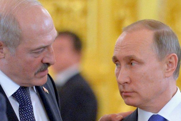 In Moscow Talks, Putin And Lukashenka Praise Progress On Union State
