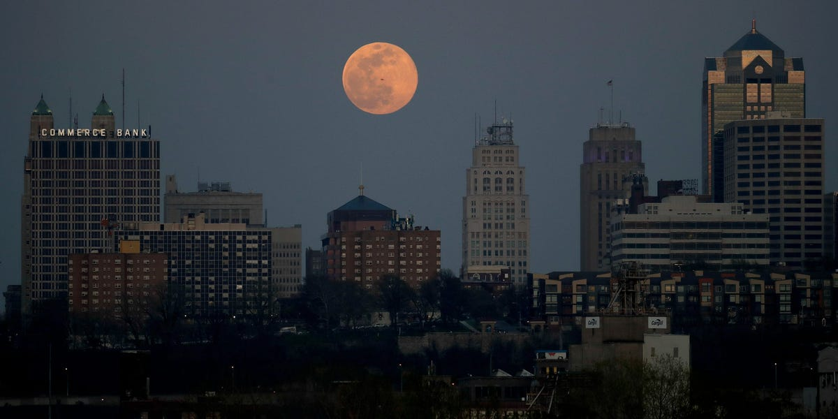 This year's first supermoon, the 'Pink Moon,' will rise on Monday. Here's how to spot the rare event.