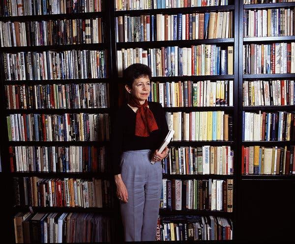 Kathie Coblentz, 73, Dies; Not Your Ordinary Librarian