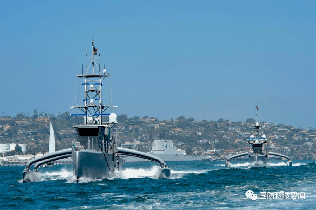"""美海军举行""""无人系统综合战斗问题21""""舰队演习"""