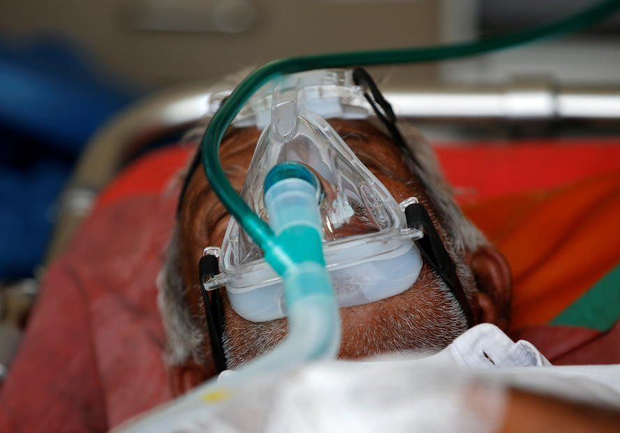 India reports record 352,991 new COVID-19 cases