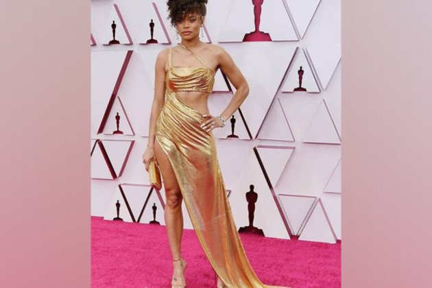 Andra Day stuns in metallic Oscars gown