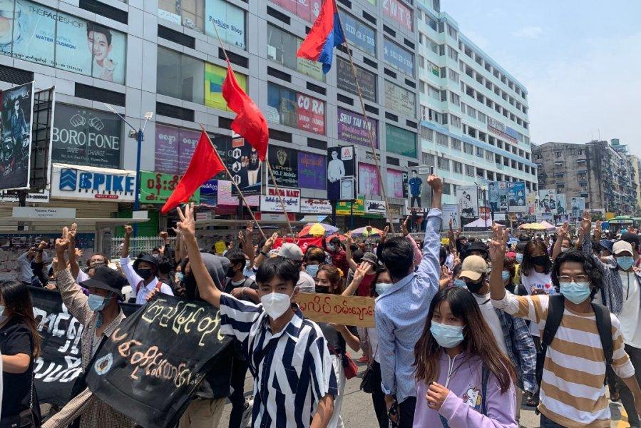 【缅甸政变】活动人士吁升级抗争 拒缴电费贷款不上学