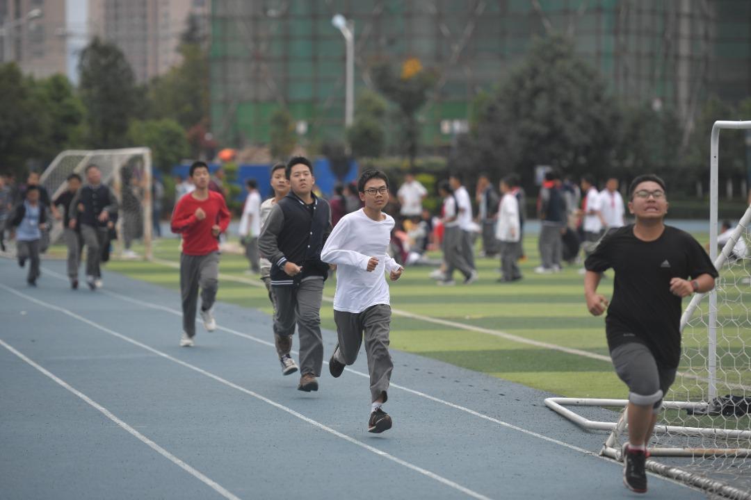 中国教育部规定 初中生写作业不超过90分钟