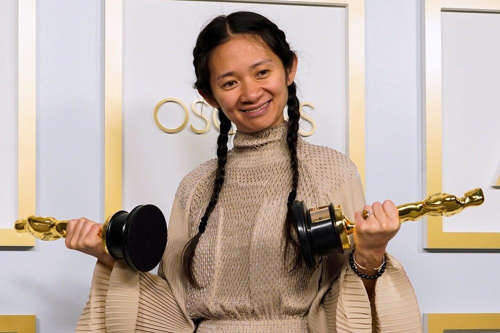 赵婷奥斯卡得奖 对中国人是骄傲还是耻辱?