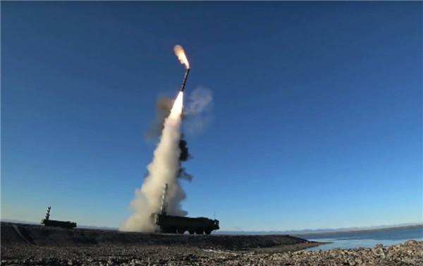 原创 岸舰杀手,P-800导弹酷炫直角转弯发射方式背后的秘密