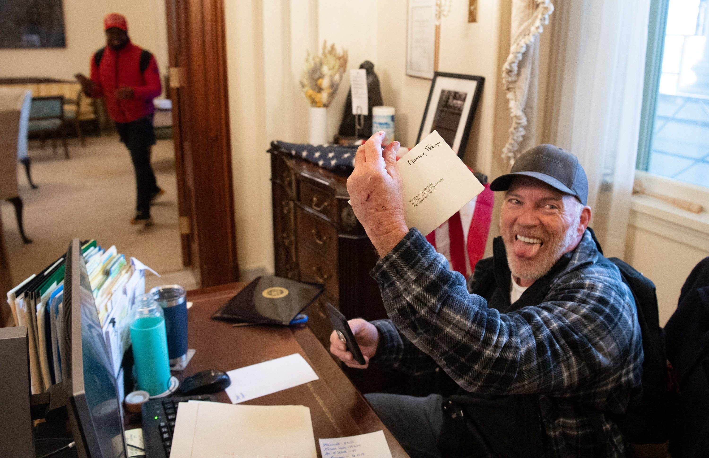 The Man Photographed With His Foot On Nancy Pelosi's Desk During The Capitol Riots Will Be Released From Jail