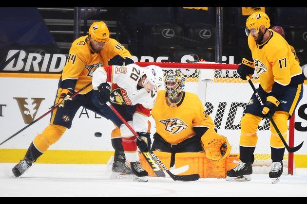 Panthers rally to top Preds, clinch playoff berth