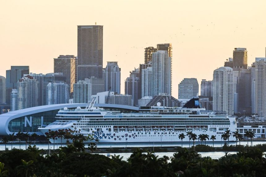 CDC 'committed' to US cruise industry resuming operations by mid-summer