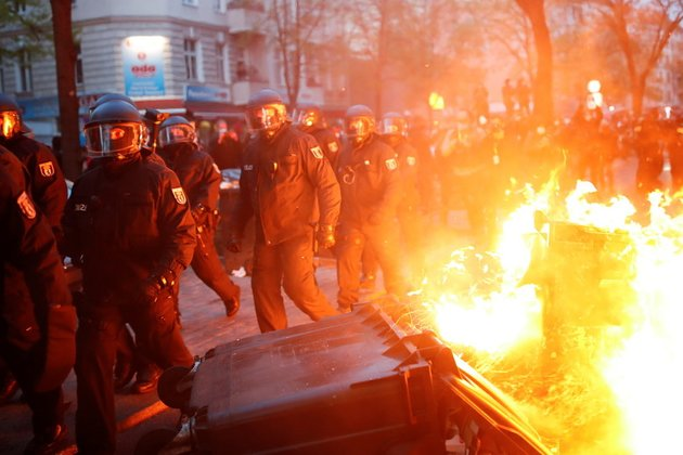 Streets set on fire as police and May Day protesters battle in Berlin