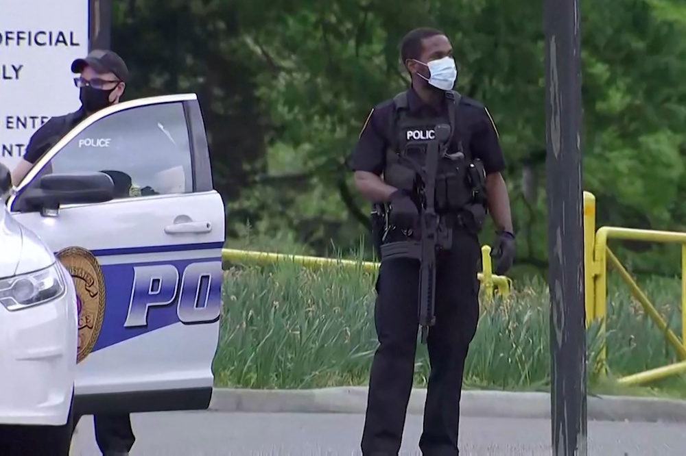 FBI agents shoot armed person trying to enter CIA headquarters