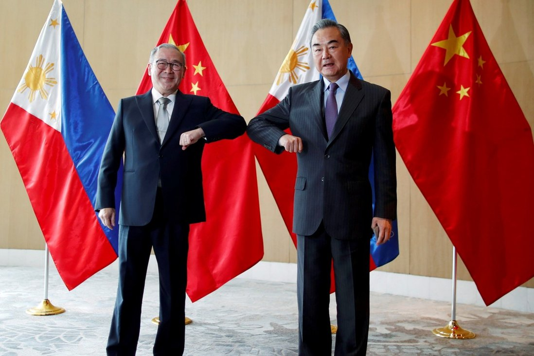 After expletive-laden Twitter rant at China, Philippines' top diplomat apologises