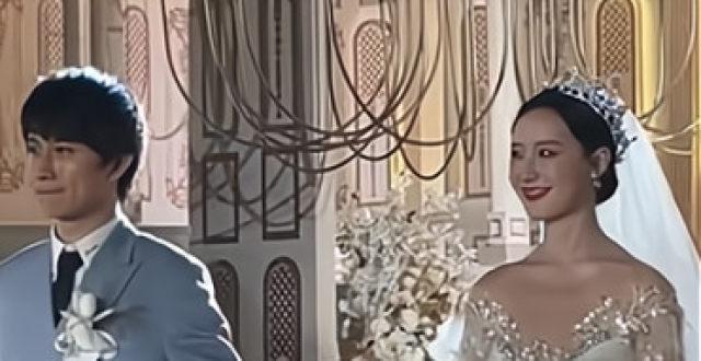 王思聪携女伴低调出席豪华婚礼,女伴颜值不输孙一宁