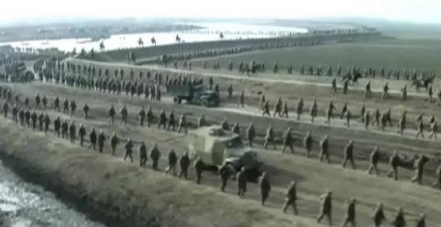 唐国强于和伟王劲松联手,《大决战》仍陷争议,夸影版算远古吹?