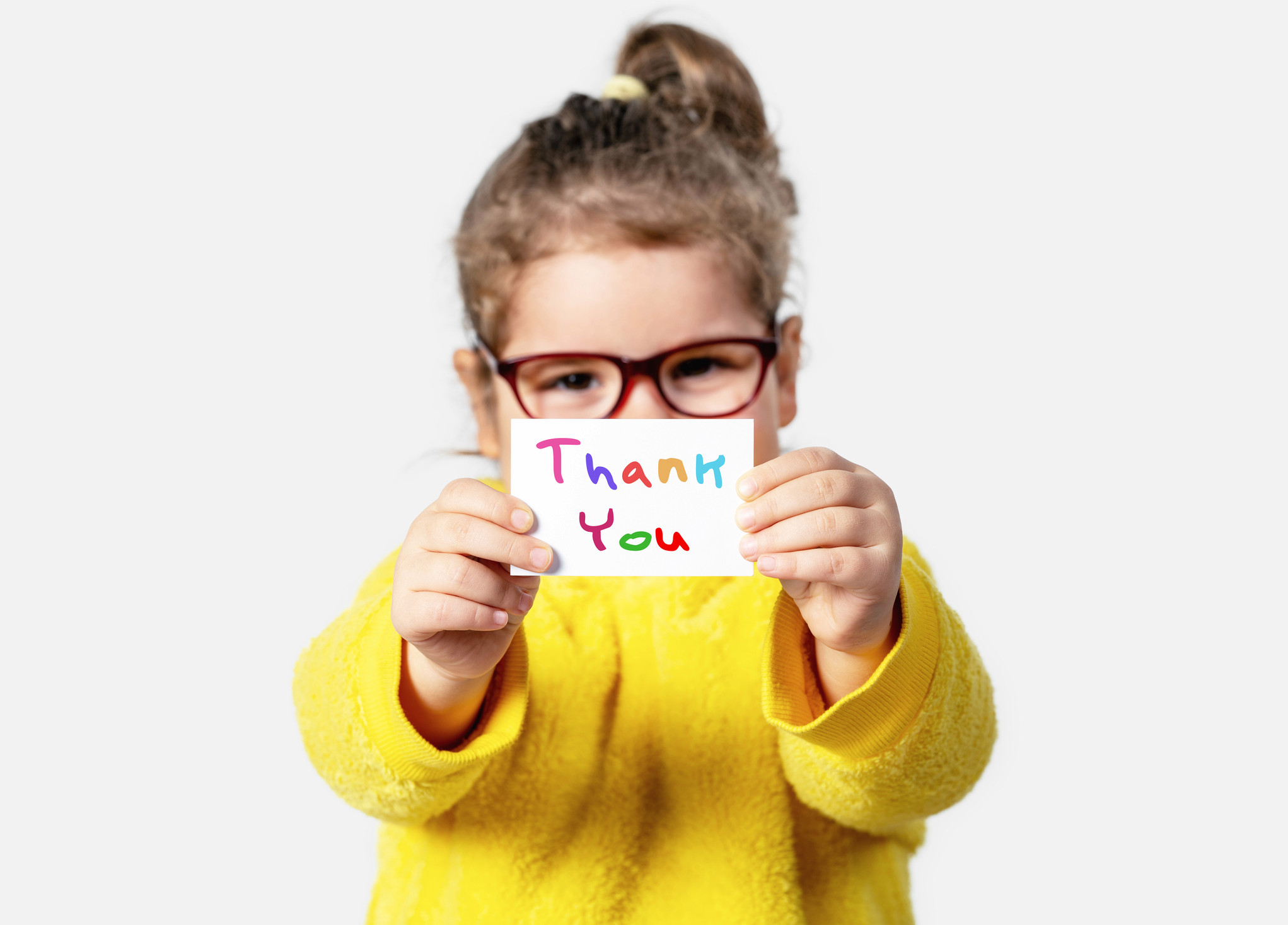 Sending a thank you card to your child's teacher but stuck for words? Here are 16 thoughtful messages you can use