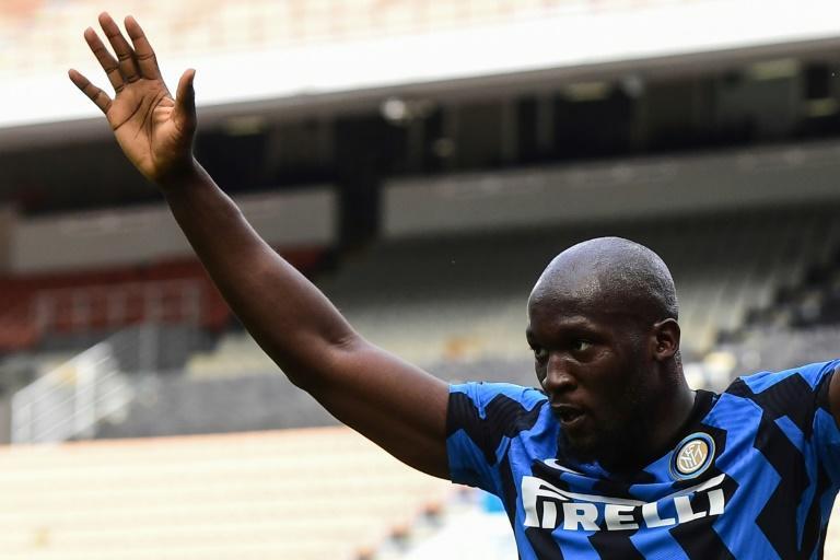 Lukaku on verge of big money move to Chelsea - reports
