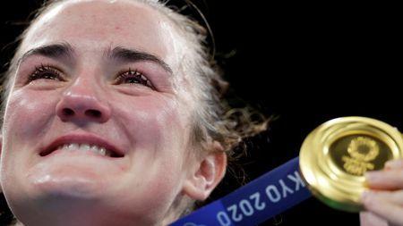 "Olympics-Boxing-""Lion King"" inspires humble Harrington to Irish boxing gold"