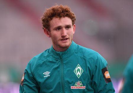 Soccer-U.S. forward Sargent joins Norwich from Werder Bremen