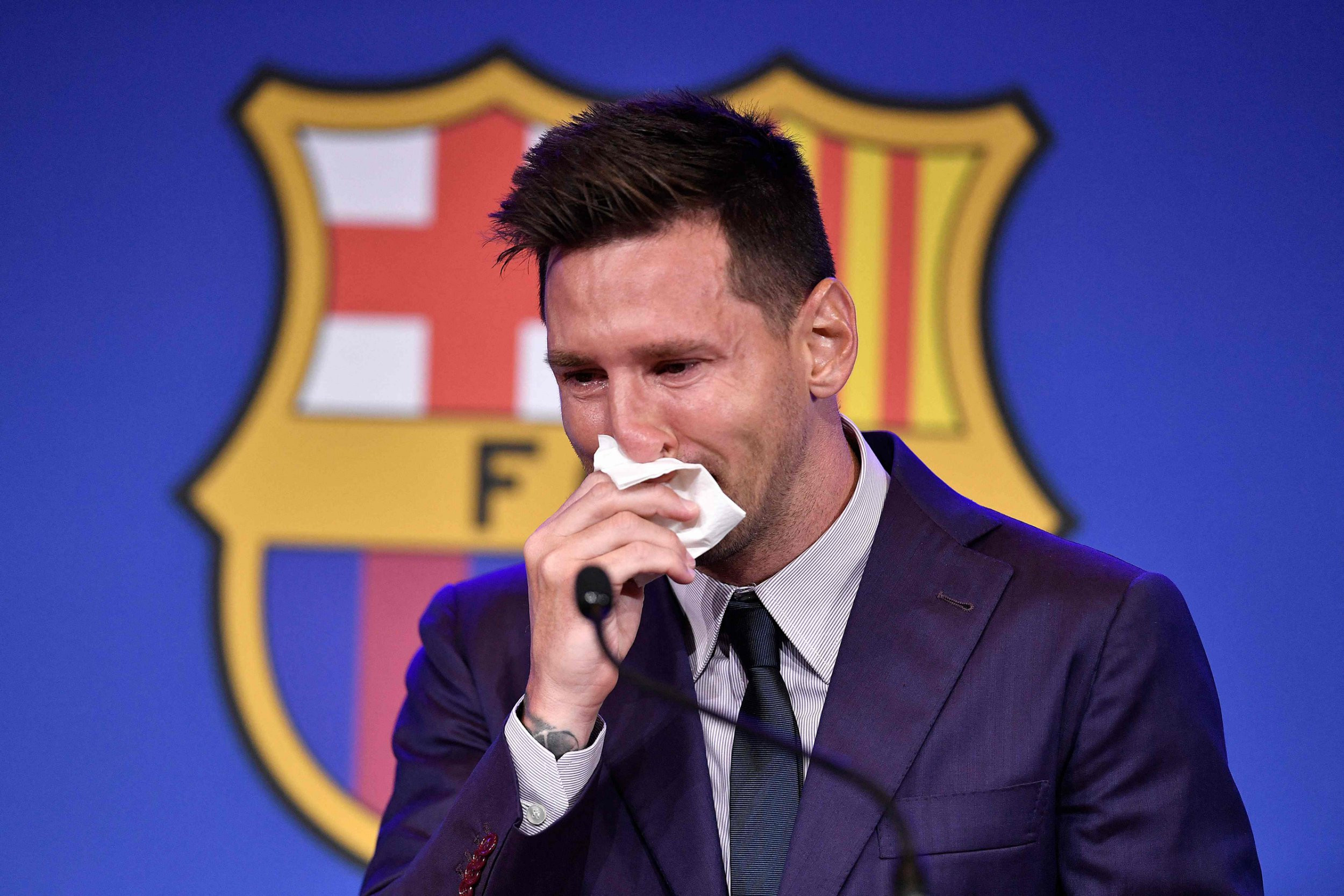 Lionel Messi breaks down in tears as he's given standing ovation at Barcelona farewell press conference